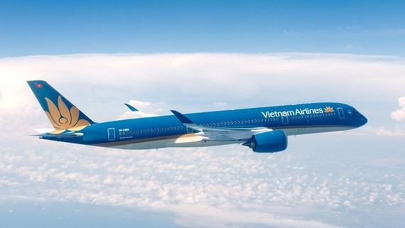 VNA opens four new domestic air routes linking with Can Tho