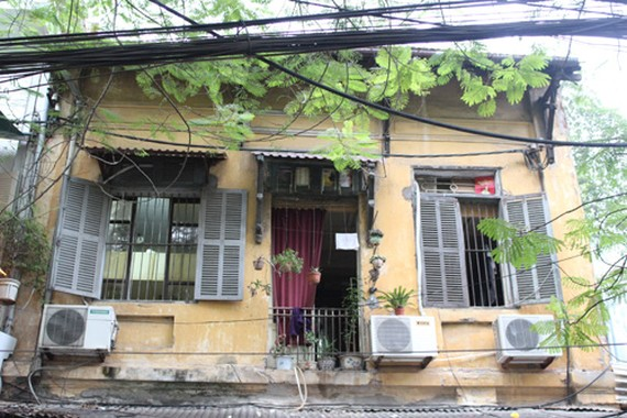 An old house in Au Trieu Street that has been repaired. — Photo baotintuc.vn