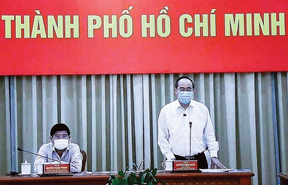 Secretary of the Ho Chi Minh City Party Committee Nguyen Thien Nhan speaks at the conference. (Photo:VNA)