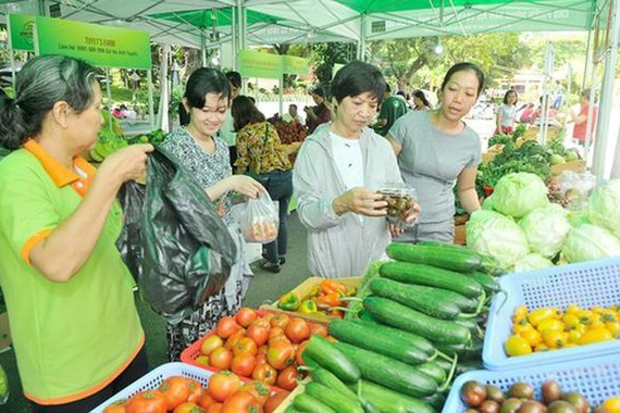 Over 150 foreign importers approach Vietnamese agricultural products, food