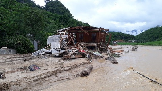 10,000 households in Thanh Hoa live in hazard areas of flash flood, landslide