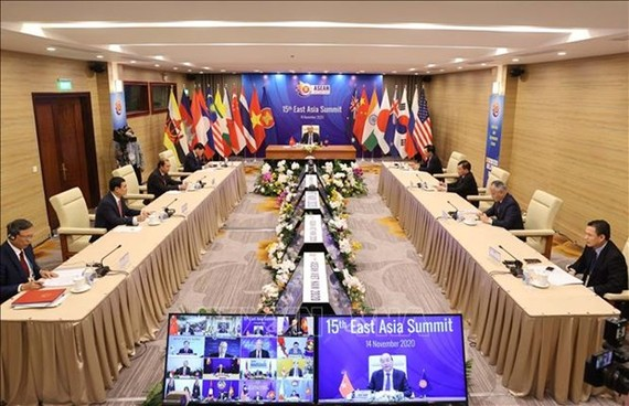 At the 15th East Asia Summit (Photo: VNA)