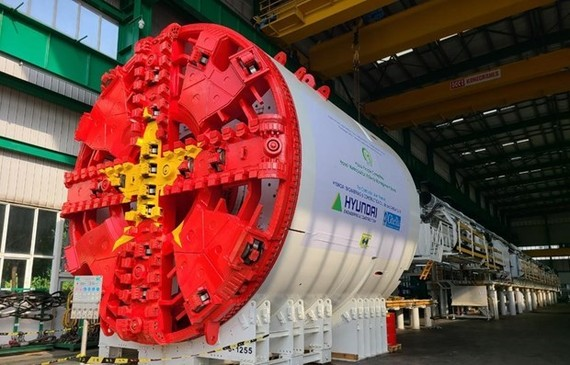 Part of the first tunnel boring machine for the building of Metro Line No 3, Nhon - Hanoi Train Station (Photo courtesy of MRB)