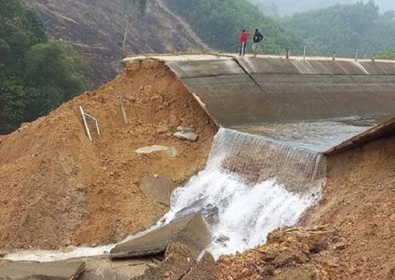 Water scarcity after breakdown incident of irrigation system in Thanh Hoa