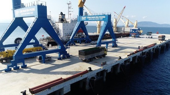 Van Phong Int'l Trans-shipment Port Project to stop implementation
