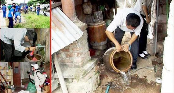 Các hộ gia đình cần thường xuyên vệ sinh các dụng cụ chứa nước để phòng tránh dịch SXH