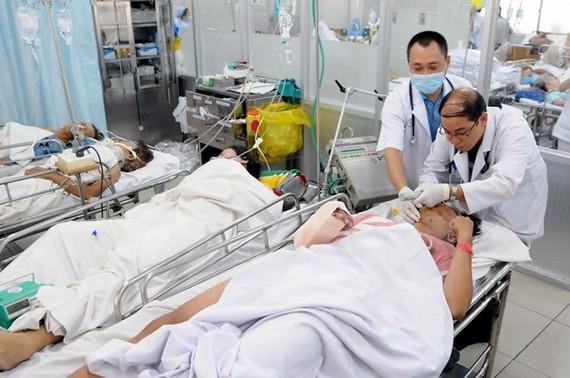 Bệnh nhân cấp cứu tại Bệnh viện Chợ Rẫy