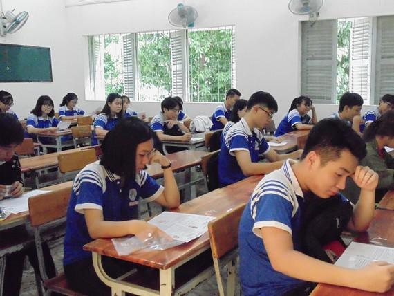 Bộ Y tế yêu cầu tăng cường phòng, chống dịch Covid-19 cho kỳ thi tốt nghiệp THPT