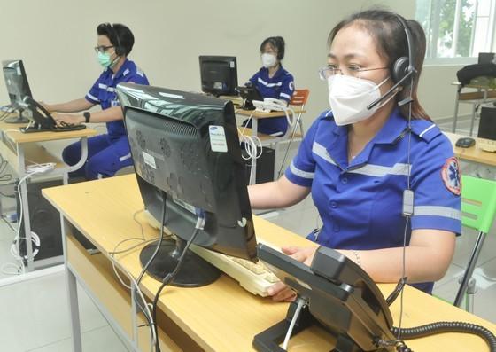 Bộ phận tiếp nhận, sàng lọc và đáp ứng các cuộc gọi của Trung tâm cấp cứu 115. Ảnh: CAO THĂNG