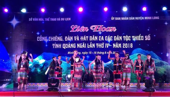 Liên hoan văn hóa cồng chiêng, đàn và hát dân ca