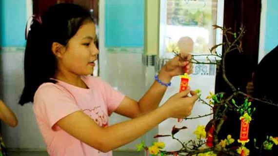 Tết với trẻ em ở cô nhi viện Phú Hòa