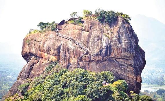 Đá sư tử Sigiriya ở Sri Lanka