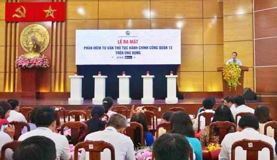 Ông Trần Hữu Trí - Bí thư Quận ủy, Chủ tịch HĐND quận phát biểu  tại Lễ ra mắt ứng dụng IURA. Ảnh: TTĐTQ12