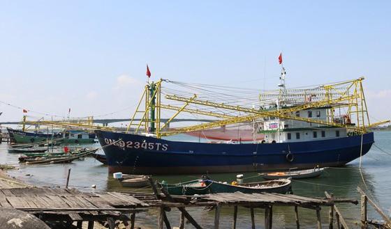 Hàng chục tàu cá đóng theo Nghị định 67 mắc nợ xấu