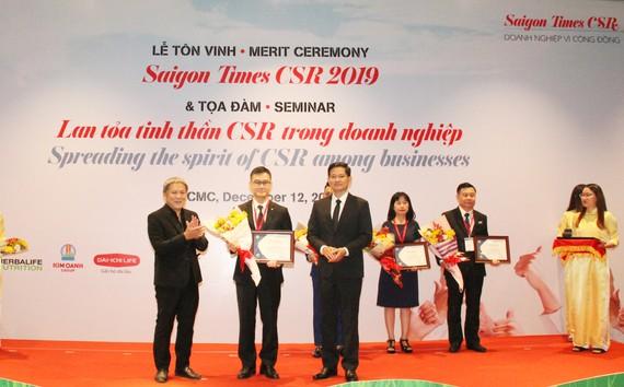 """Dai-ichi Life Việt Nam: """"Doanh nghiệp vì Cộng đồng - Saigon Times CSR 2019"""""""