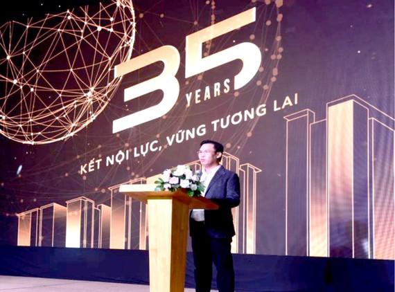 Ông Đinh Trường Chinh - Chủ tịch HĐQT, phát biểu tại lễ kỷ niệm 35 năm
