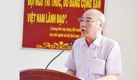 ĐB Phan Nguyễn Như Khuê, Trưởng ban Tuyên giáo Thành ủy TPHCM, phát biểu tại buổi tiếp xúc cử tri. Ảnh: hcmcpv