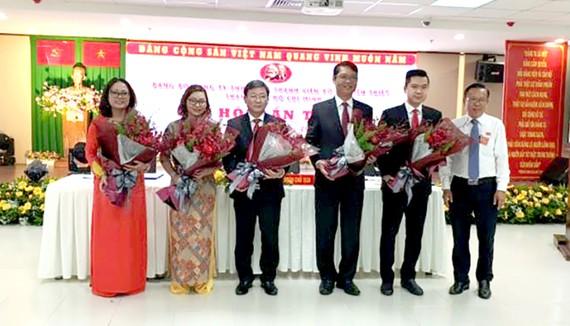 Ra mắt BCH Đảng bộ nhiệm kỳ 2020-2025