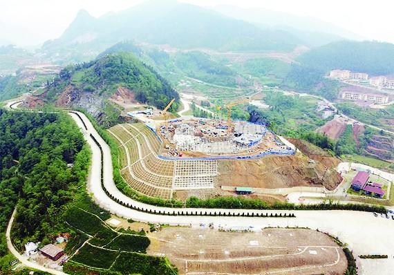 Đóng nắp hầm dự án Lady Hill Resort Sa Pa
