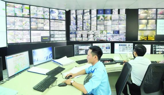 Vận hành Trung tâm Quản lý điều hành giao thông đô thị TPHCM. Ảnh: CAO THĂNG