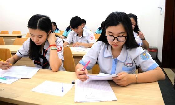 Thí sinh tham dự kỳ thi đánh giá năng lực của Trường ĐH Quốc tế