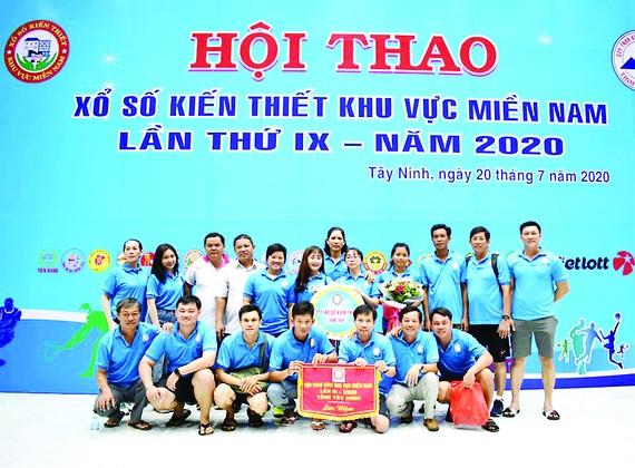 Đoàn VĐVCông ty TNHH MTV Xổ số Đồng Tháp tham dự Hội thao