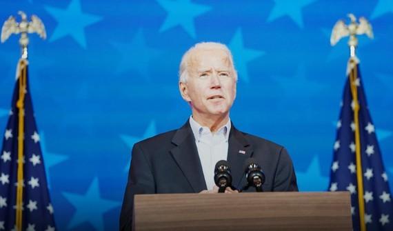 Ông Joe Biden nói chuyện trước báo chí, ở Wilmington, Delaware, Mỹ, ngày 5-11-2020. Ảnh: REUTERS