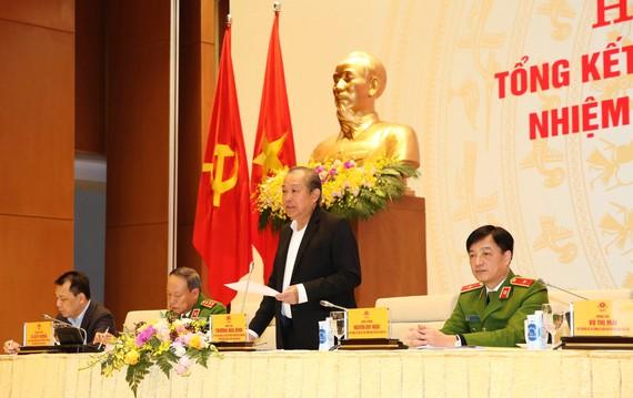 Phó Thủ tướng Trương Hòa Bình chủ trì và phát biểu chỉ đạo tại hội nghị. Ảnh: VGP