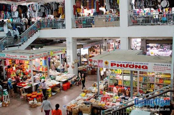 Kinh doanh tại chợ Quảng Ngãi. Ảnh: Báo Quảng Ngãi