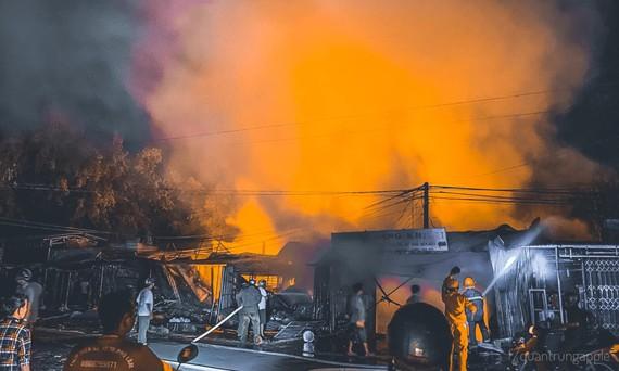 Cháy chợ huyện Tân Châu ở Tây Ninh