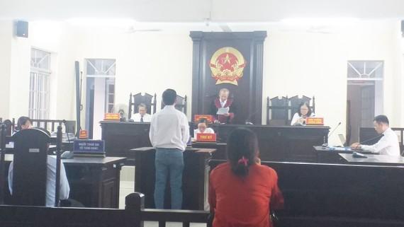 Phiên tòa xét xử sơ thẩm bị cáo Phạm Văn Minh