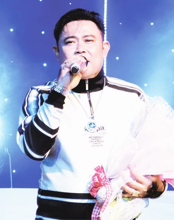 """""""眾志成城"""" 演唱會本週末開唱。圖為華人歌手蔡榮"""