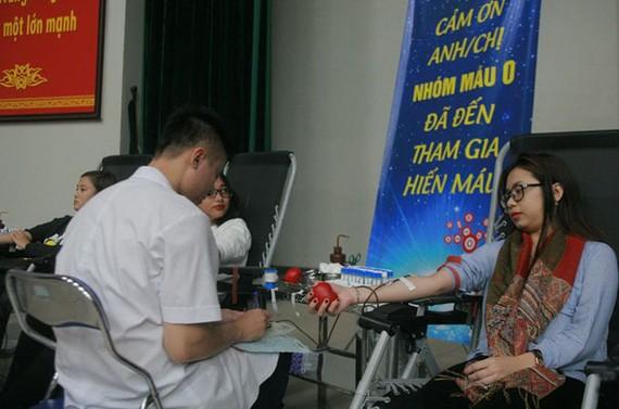 民眾紛紛捐血救人。(圖源:Infonet)