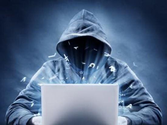 """英國一名現年18歲的青少年,因3年前竊取美國高級政府官員的電子郵件和電話賬戶,被判處2年監禁,法官稱,他的行為屬於""""網絡恐怖主義""""。(示意圖源:互聯網)"""