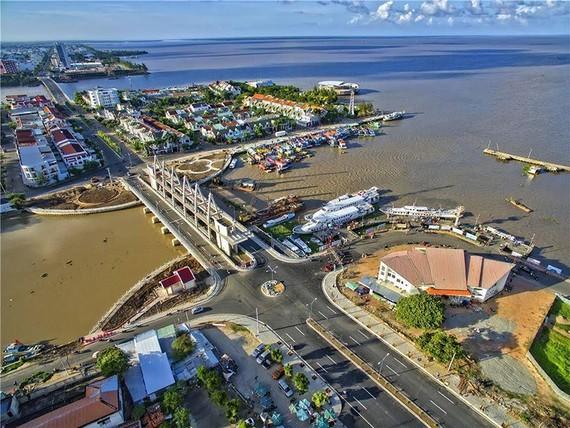 堅江省人委會:填海項目投資執照暫停簽發。圖為迪石市一瞥。