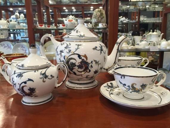 明隆陶瓷公司的形成與發展