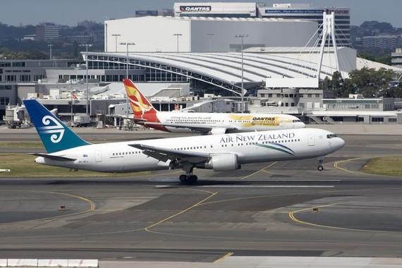 新西蘭民航局6日發佈的數據顯示,去年新西蘭境內有至少25萬架無人機在飛行,無人機對載人飛機襲擾案例正在大幅上升。(圖源:互聯網)