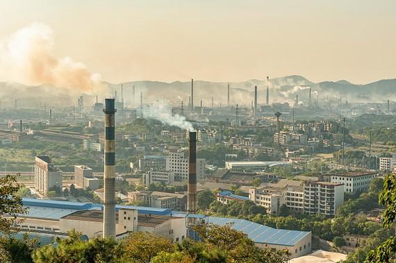 大馬化學廢料污染致百餘所學校停課。(圖源:互聯網)