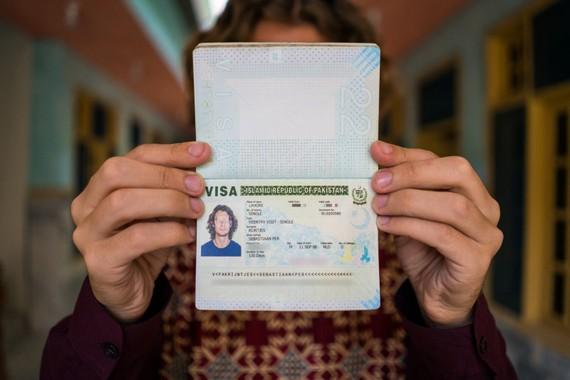 巴基斯坦政府14日宣佈放寬簽證政策,並啟動一個網上簽證申請系統,以簡化赴巴簽證申請,吸引更多外國人赴巴投資和旅遊,促進巴經濟發展。(示意圖源:互聯網)