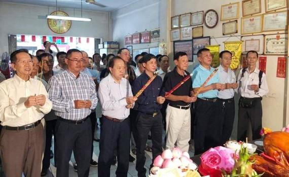 羅氏大宗祠全體理監事和宗親參加春季祭祖儀式。