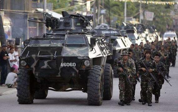 菲律賓軍方解救兩名外國人質
