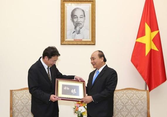 政府總理阮春福接見日本環保專家。(圖源:越通社)