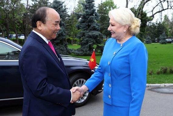 阮春福總理會見羅馬尼亞總理維奧麗卡。(圖源:越通社)