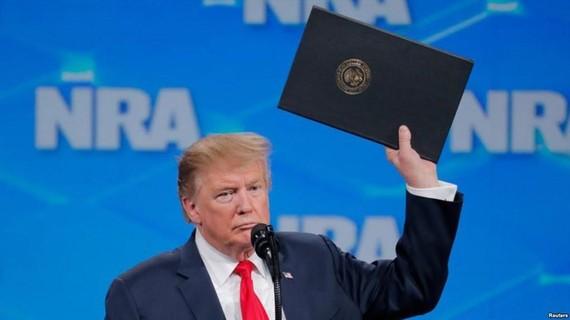 特朗普宣佈美將退出《武器貿易條約》。(圖源:路透社)