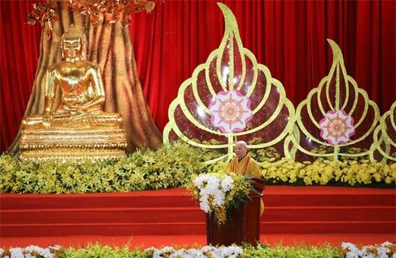 越南佛教教會理事會主席釋善仁和尚在2019年聯合國衛塞佛誕大典開幕式上致詞。(圖源:互聯網)