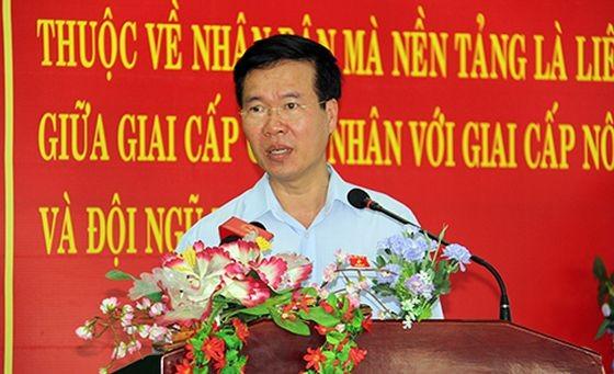 中央宣教部長武文賞在選民接觸會上發言。(圖源:范維)