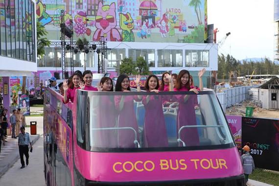 越南旅遊股份公司建議本市採用兩層敞篷客運旅遊巴士。(圖源:阮秀)