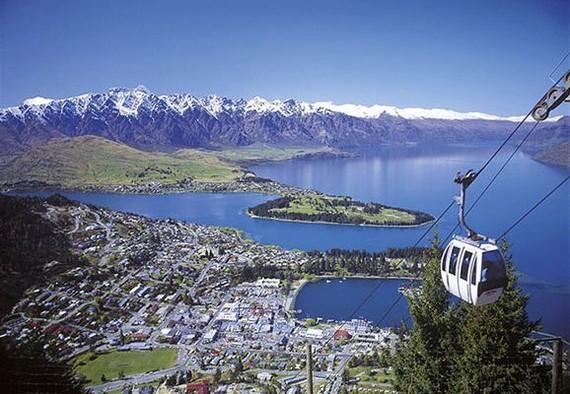 新西蘭7月起徵收外國遊客稅。圖為新西蘭皇后鎮一瞥。(圖源:互聯網)