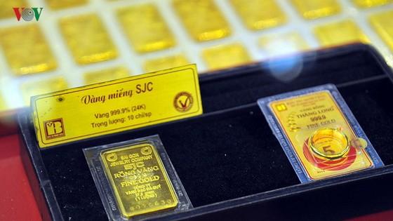 SJC 金片售價每兩超過 4200 萬元