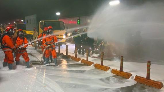 西貢河隧道消防演習現場一瞥。(圖源:御琪)